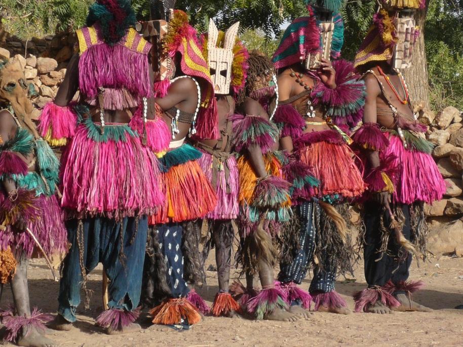 Festival de máscaras en Nombori
